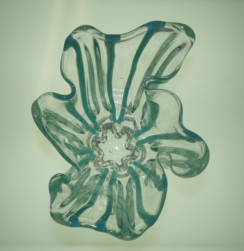 Glassblower.Info - Combo Glassblowing Mold - Turquoise Stripes Vase - top view