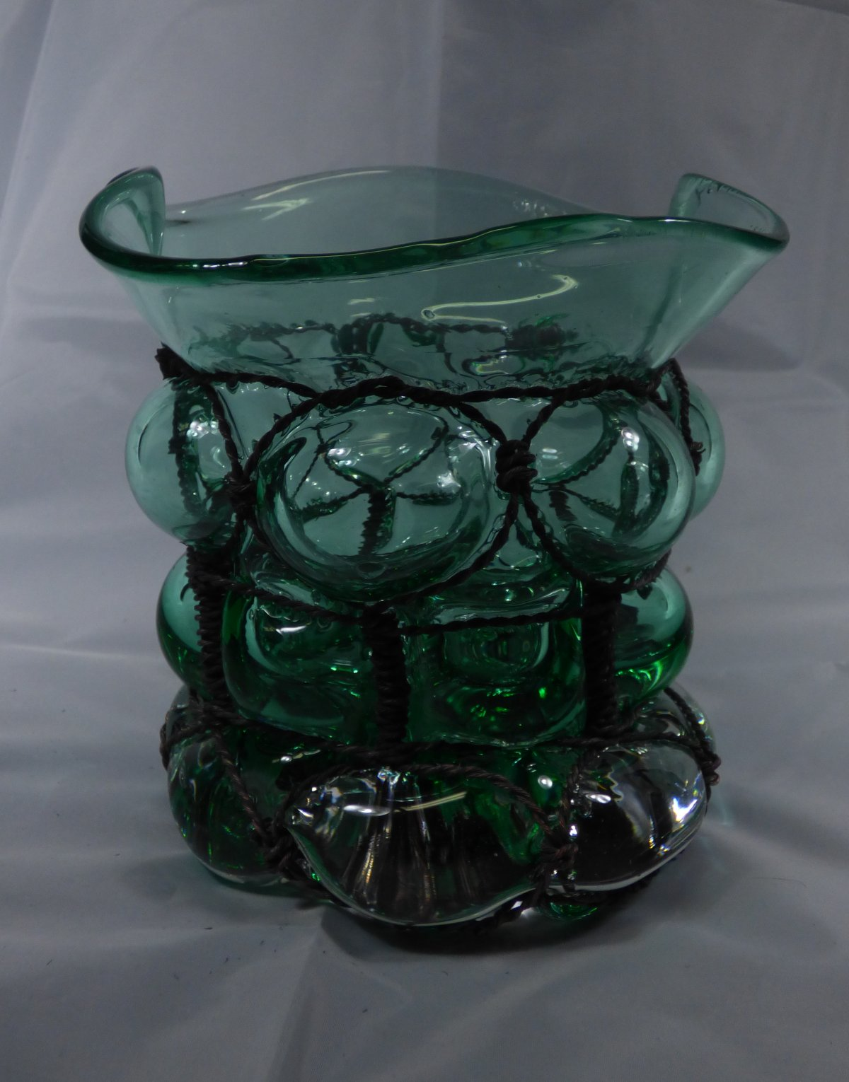 Glassblower.info - Tony Patti - Cage Glass Piece - Green