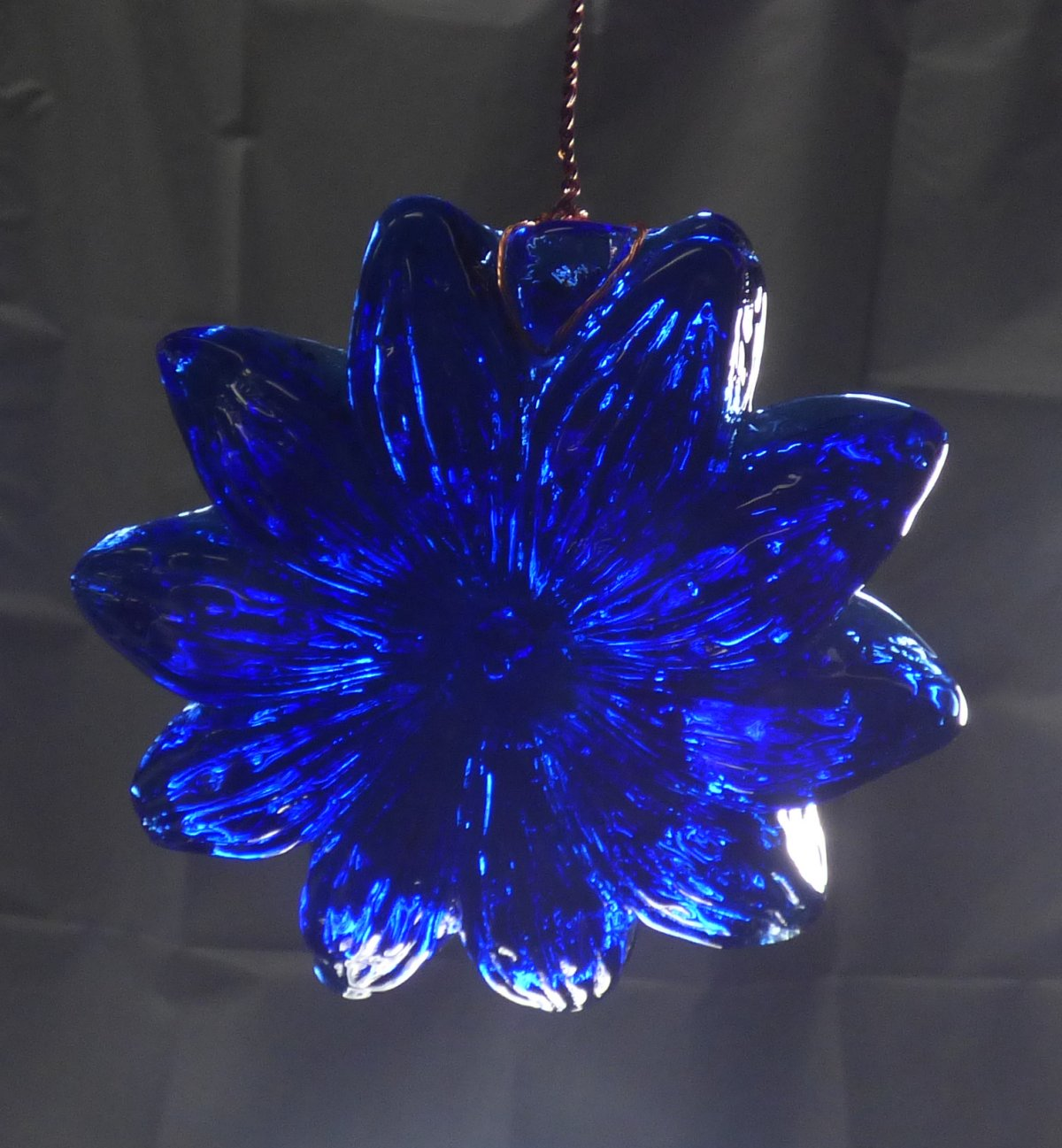 Tony Patti - Glassblower.info - Cobalt Blue Flower Iron suncatcher