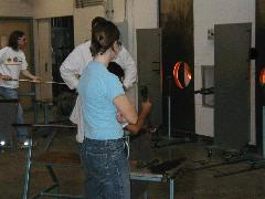 Glassblower.Info Pittsburgh Glass Center Photo 23